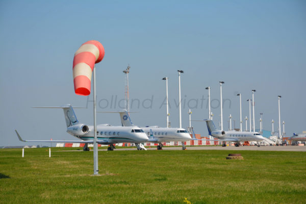 HA 120 RG Windsock Installation unlighted at airport